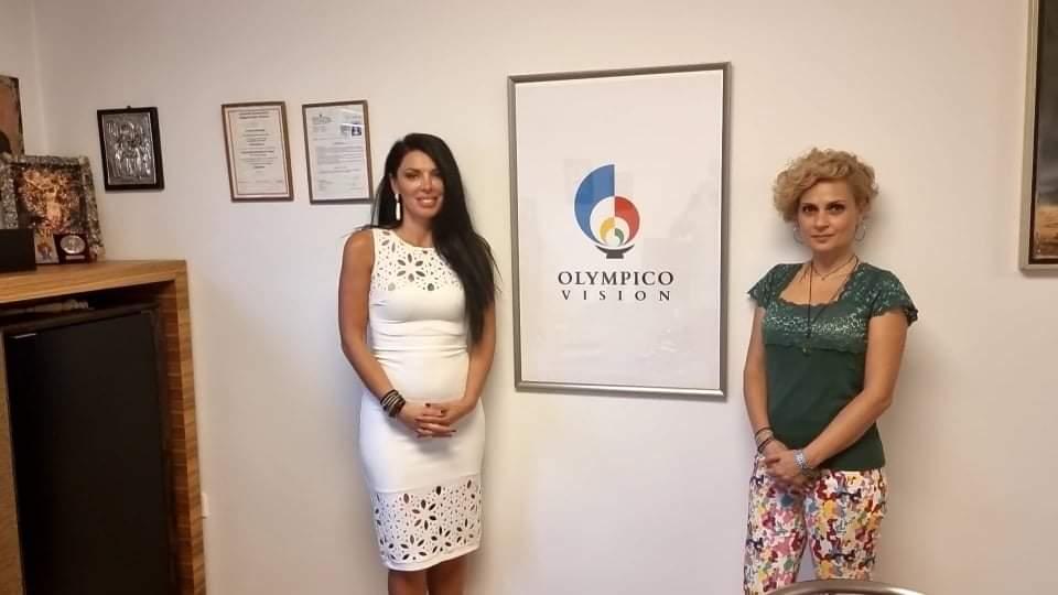Η Θεοτόκη Τιτή Ντολαπτσή και η Φρόσω Κιτζόγλου στα γραφεία της Olympico Vision